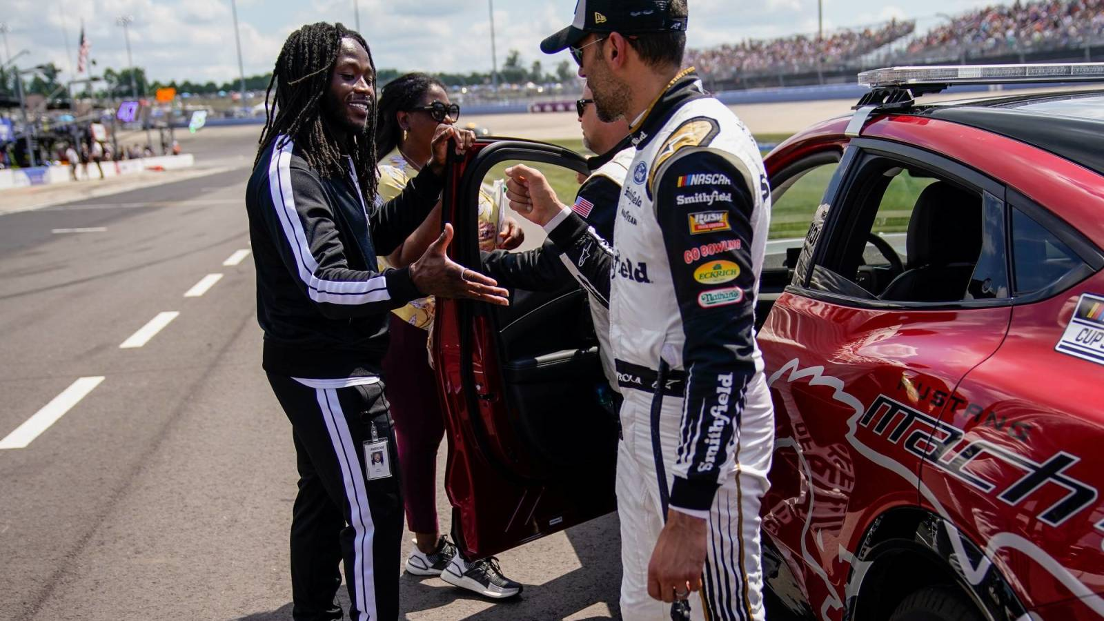 Saints RB Alvin Kamara has a new job with NASCAR