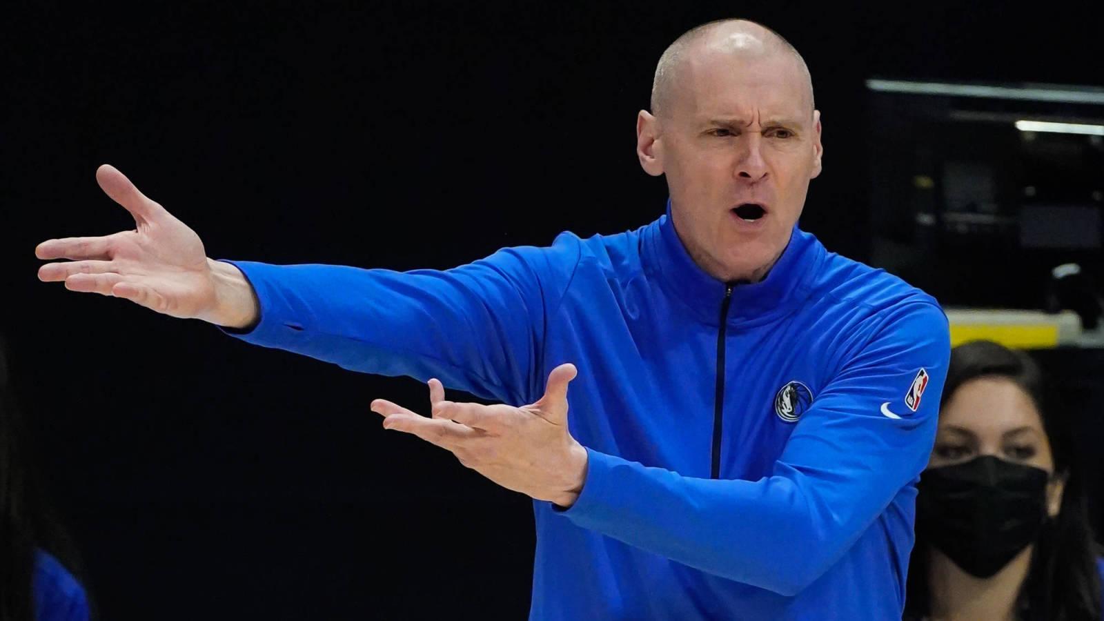 Rick Carlisle resigns as Mavericks head coach