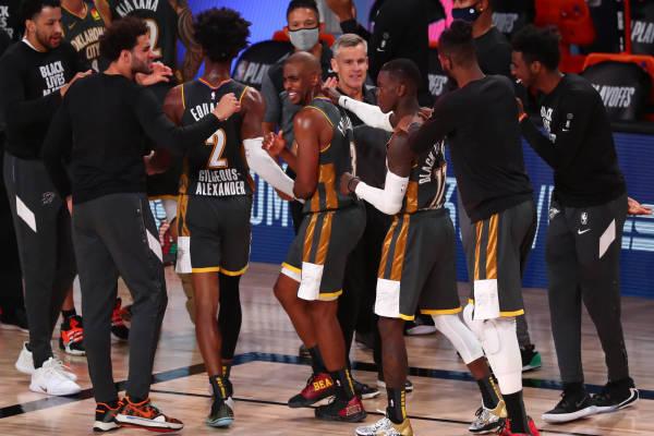 隨隊記者曝雷霆決定交易保羅進行全面重建,Adams和Schroder也將會被清理!-黑特籃球-NBA新聞影音圖片分享社區