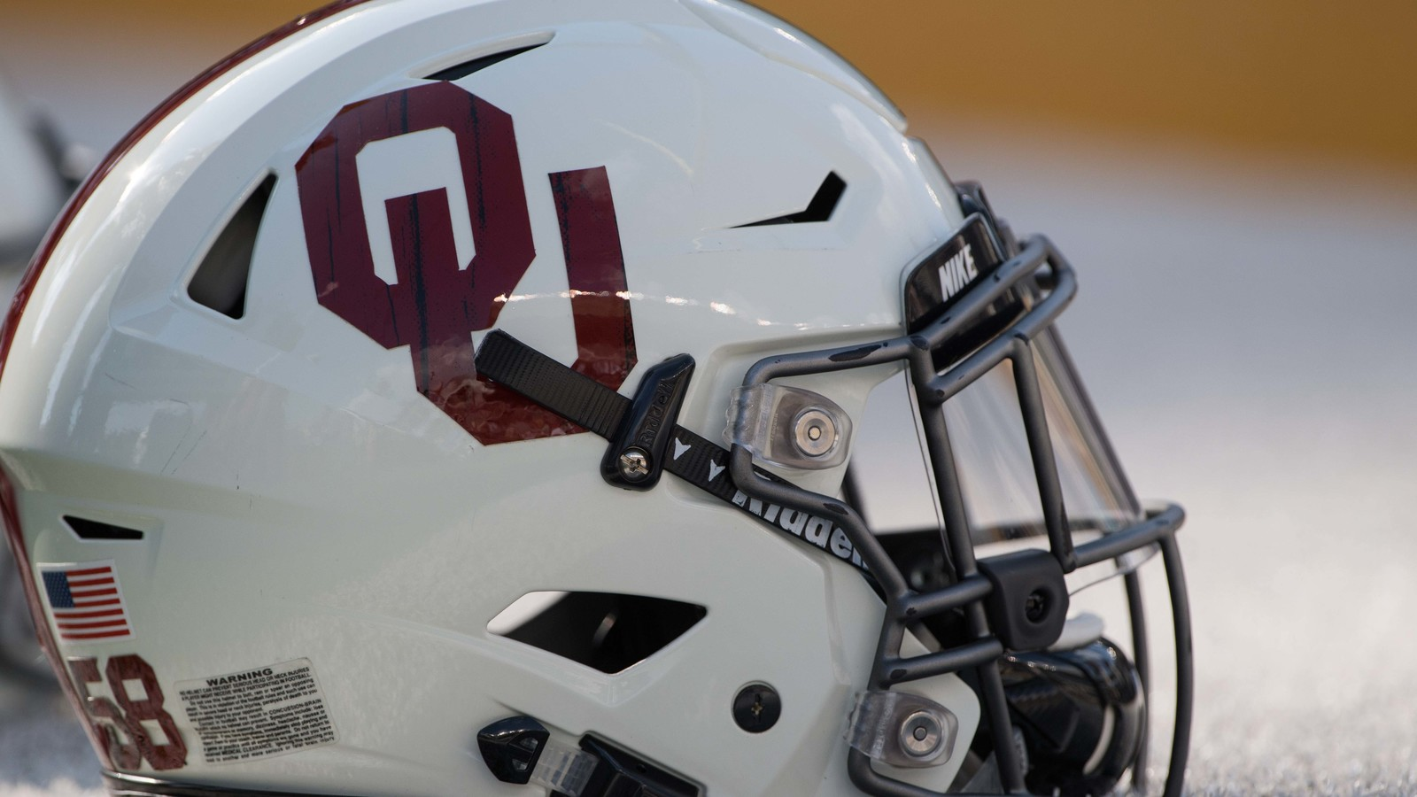 new concept 0b71a 029cd Oklahoma Sooners land uniform deal with Jordan Brand ...