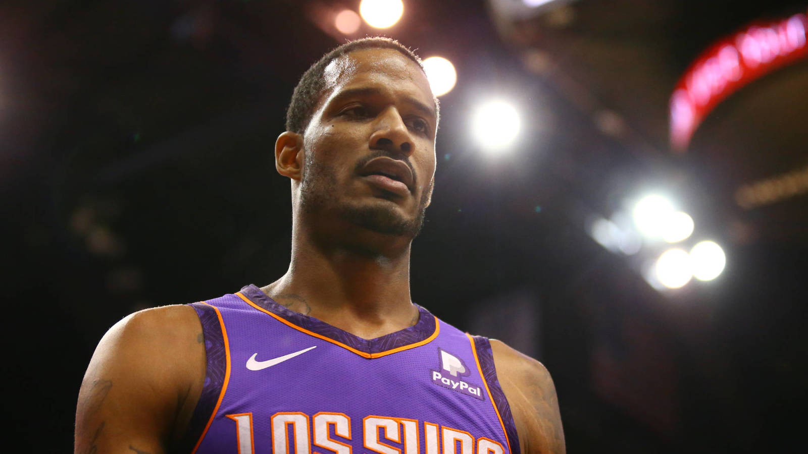 Suns Complete Trevor Ariza Trade To Wizards For Kelly Oubre Austin