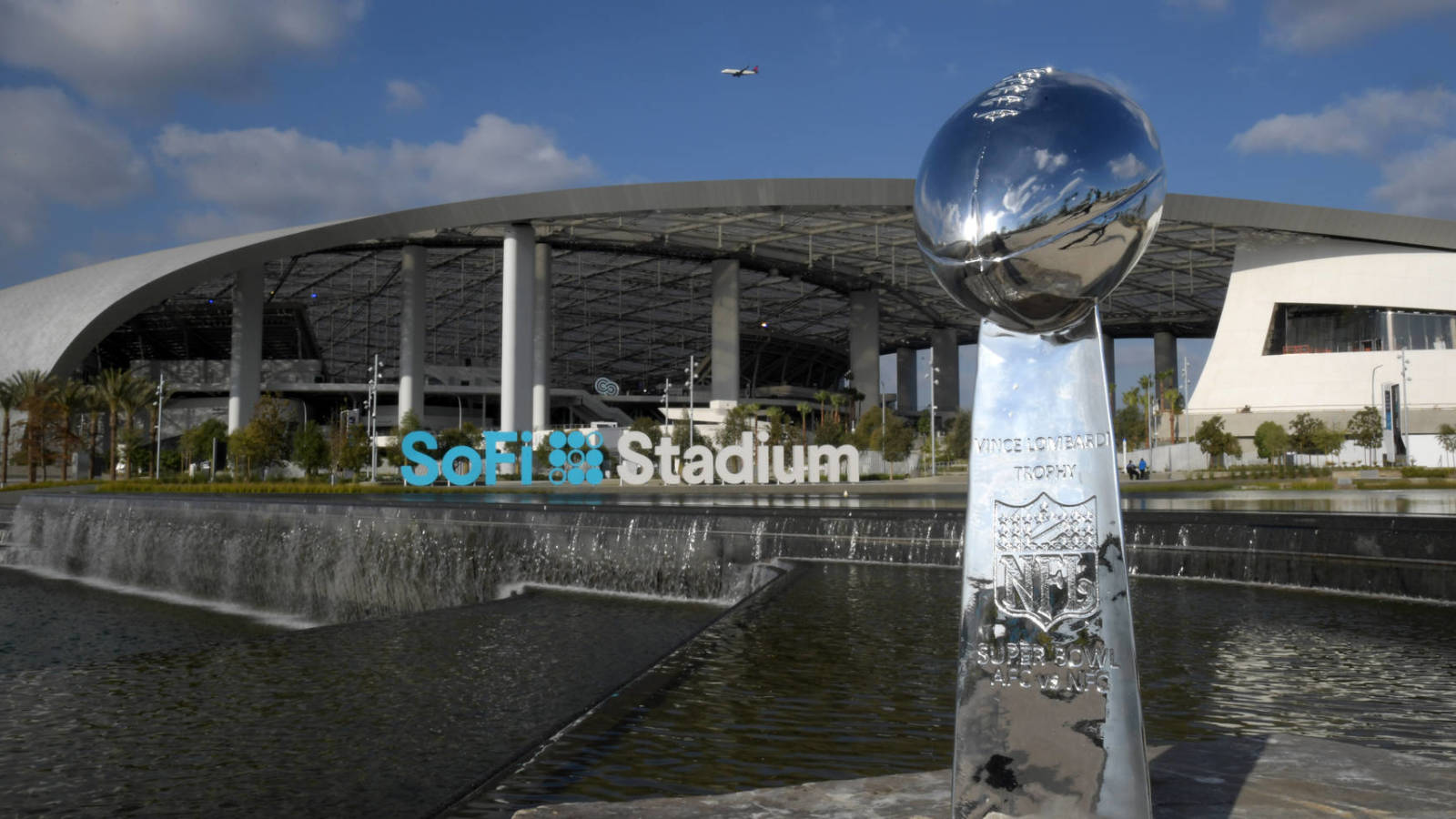 Nfl-offering-free-super-bowl-tickets-vaccinated