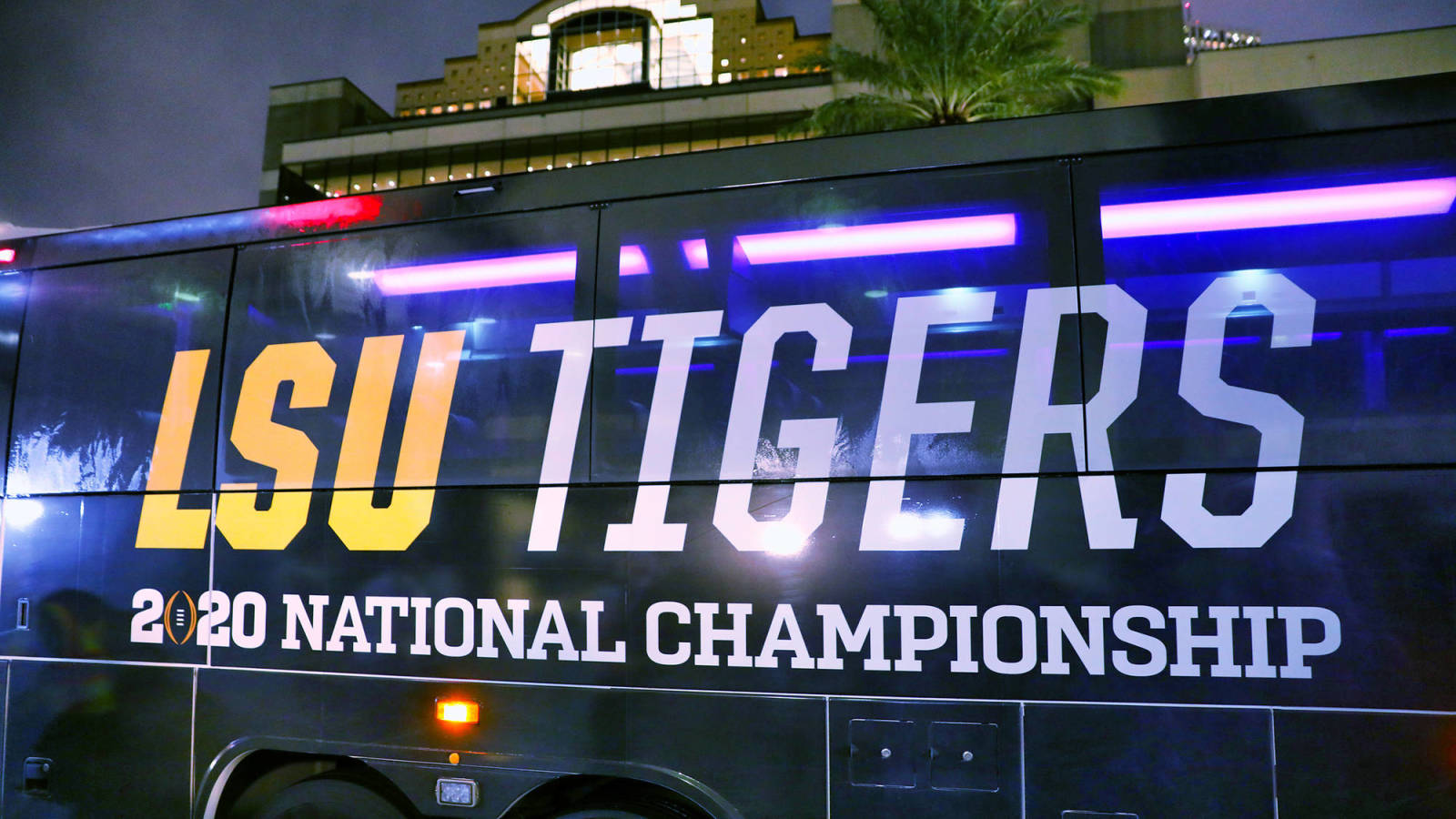 Lsu Cancels Classes On Monday And Tuesday For National Title Game Yardbarker
