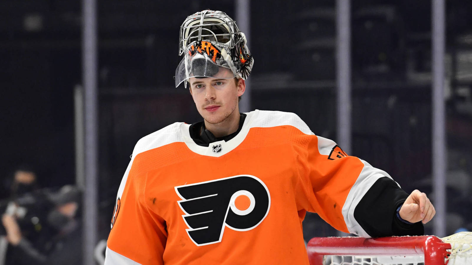 Carter Hart, Flyers approach three-year contract extension