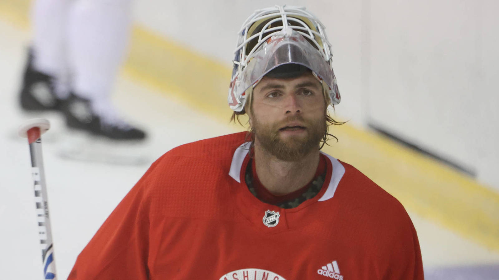Braden Holtby Hopes To Re Sign With Capitals In Offseason Yardbarker