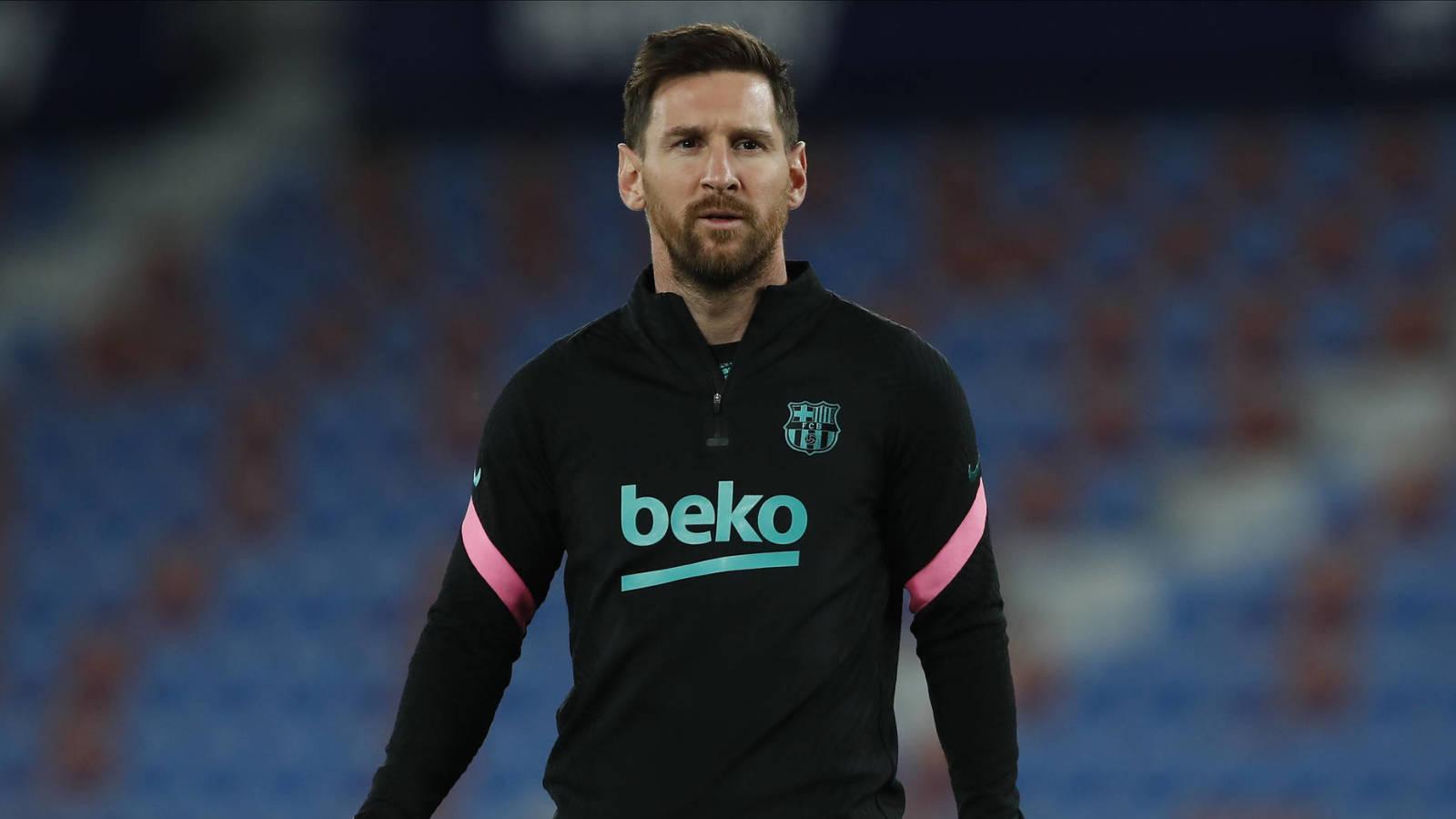 Paris Saint-Germain emerges as favorite to sign Lionel Messi