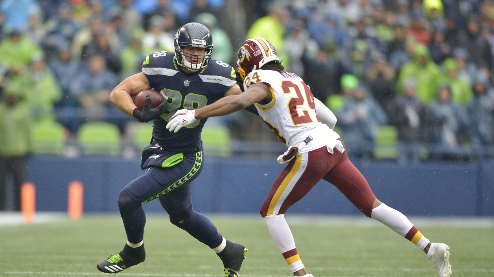 Video footage of Josh Norman punching Jimmy Graham surfaces