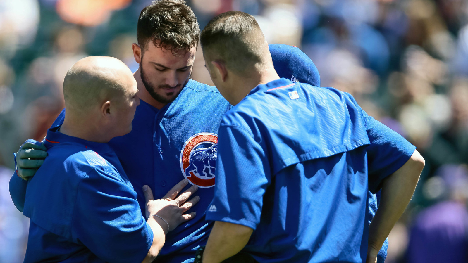Cubs' Kris Bryant hit in head with pitch, leaves game vs. Rockies