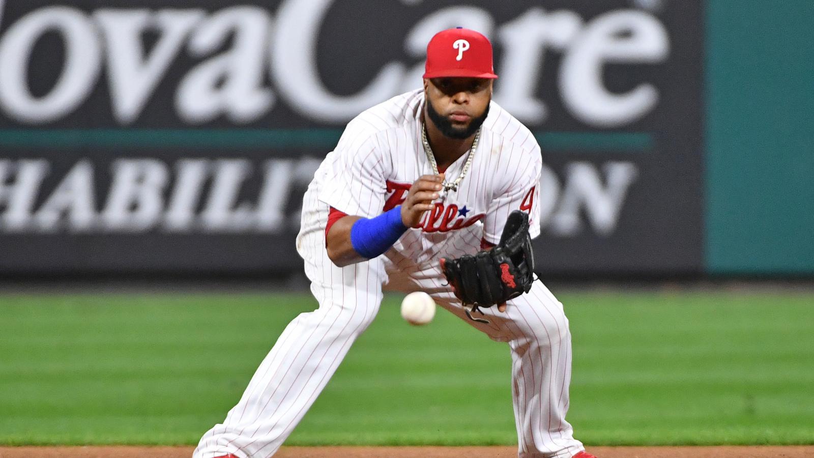 Phillies may consider moving Carlos Santana to third base
