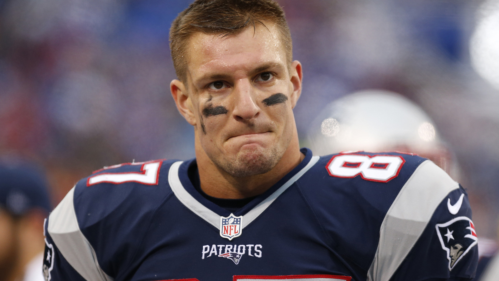 Gronkowski says he is  feeling great  after latest back surgery ... 5094089ab