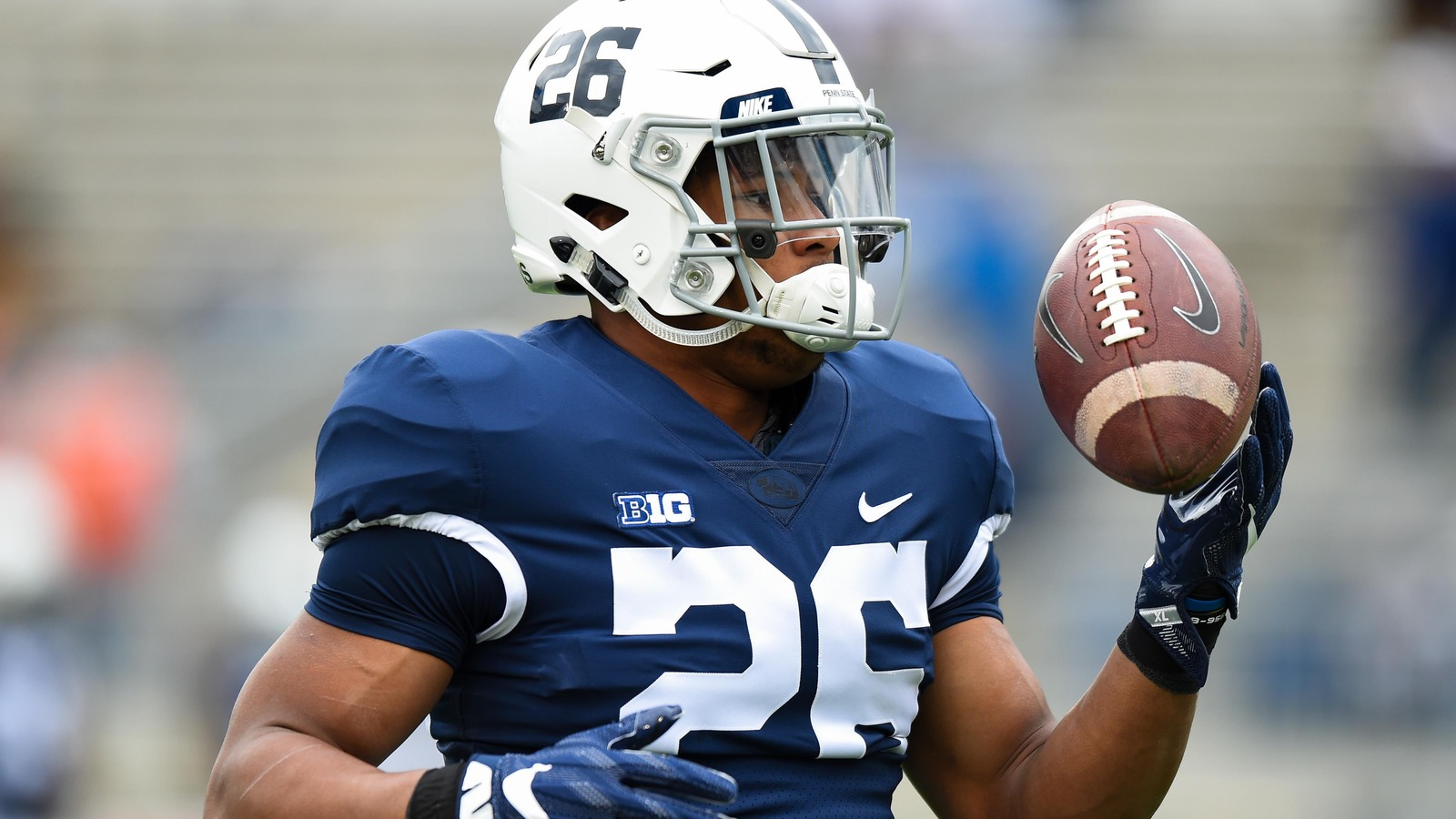 Twitter Reacts To Mr Do It All Saquon Barkley Throwing