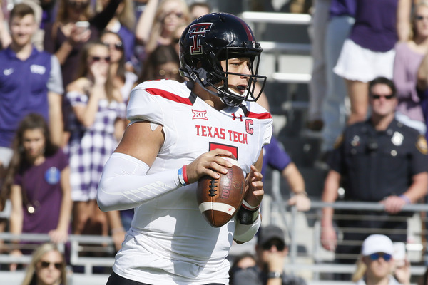 report  texas tech qb u0026 39 s father arrested during game