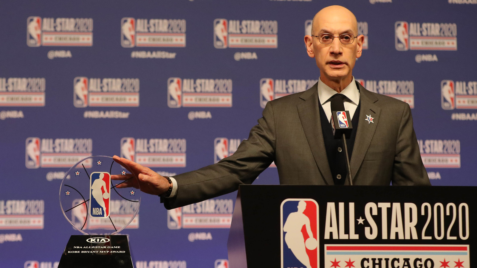 Photo of Report: Adam Silver confident in the NBA bubble plan despite the coronavirus outbreak