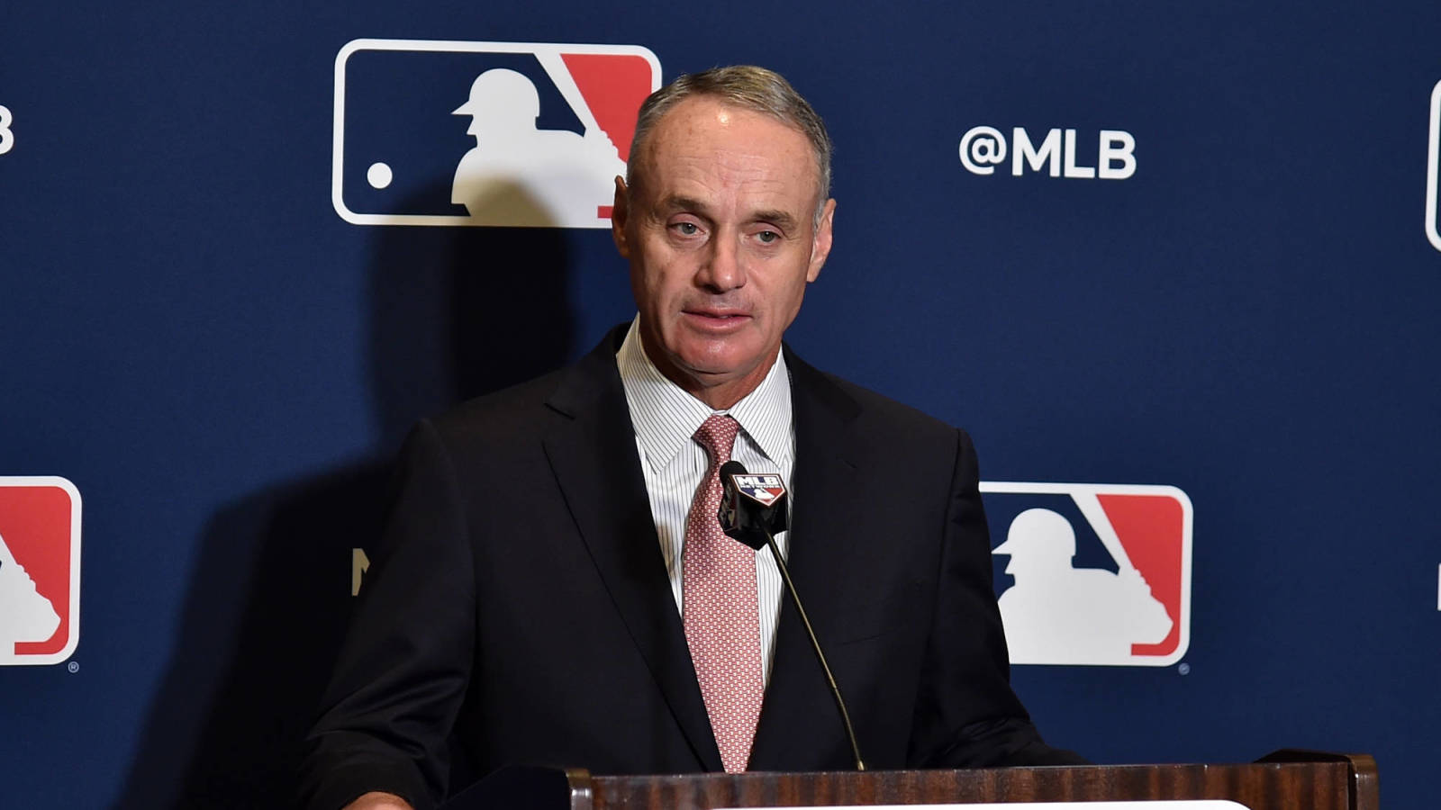 Rob-manfred-wants-expanded-playoffs-extra-innings
