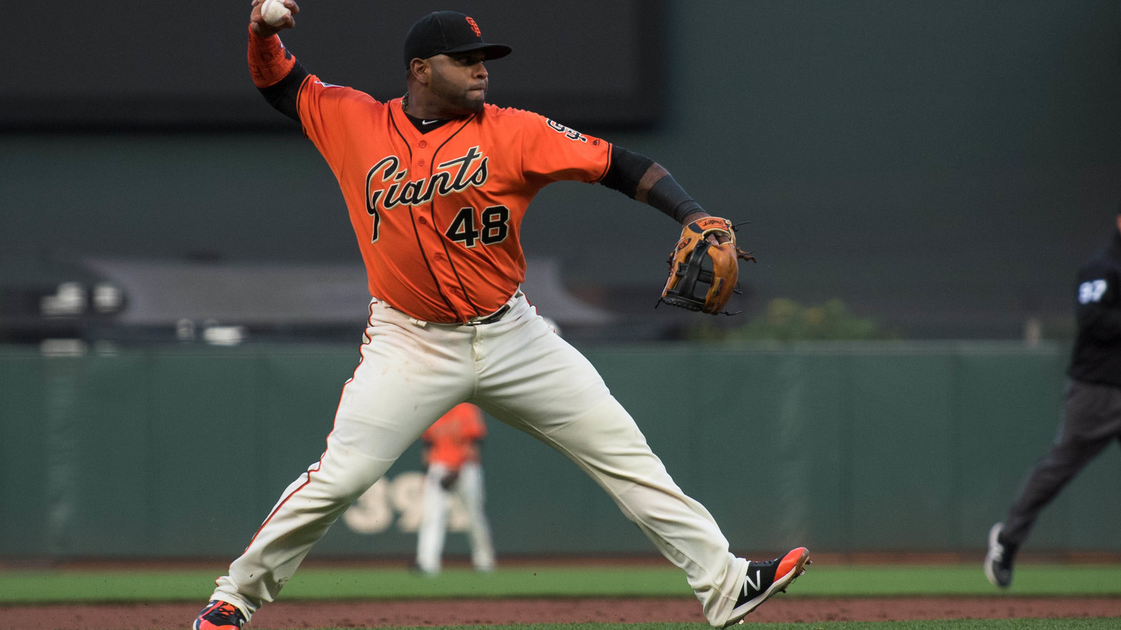 Pablo Sandoval out for year with torn hamstring
