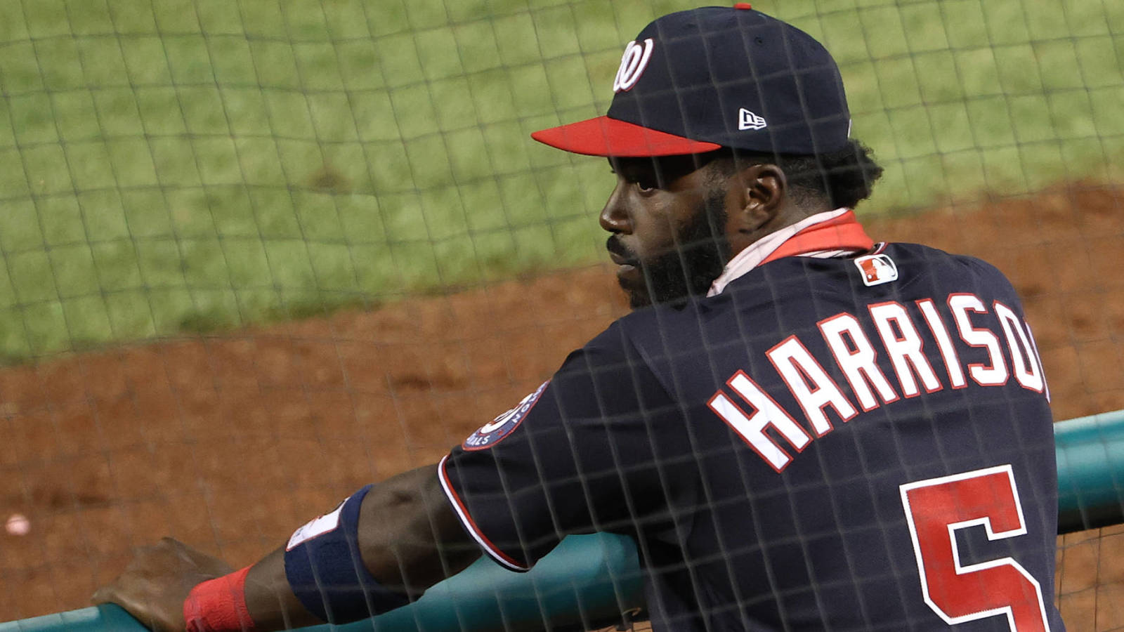 Nationals re-sign two-time All-Star Josh Harrison