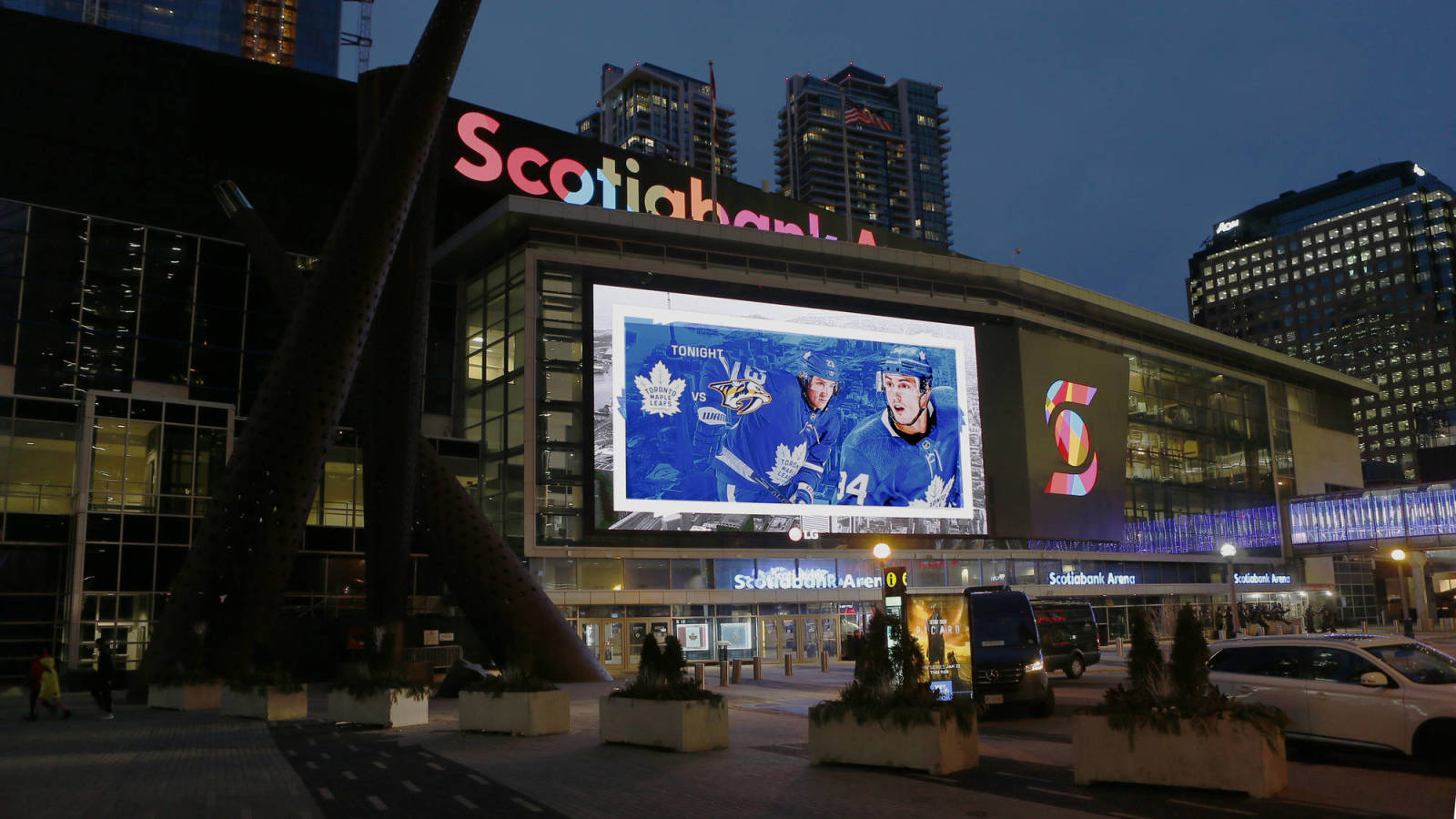 Report: NHL to roll with two Canadian hub cities for return to play
