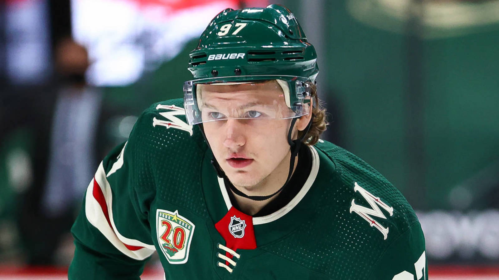 Does Kaprizov have an agreement with KHL if the contract with Wild is not resolved?