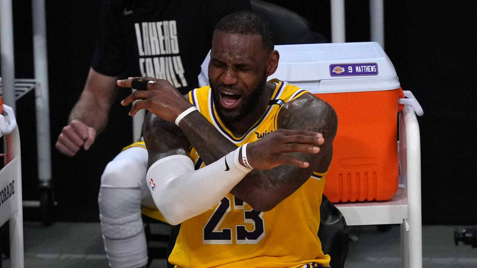 LeBron sounds bad in the NBA for lack of rest at the beginning of the season