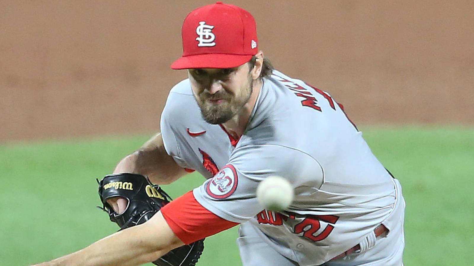 Cardinals reliever Andrew Miller's 2021 option vests