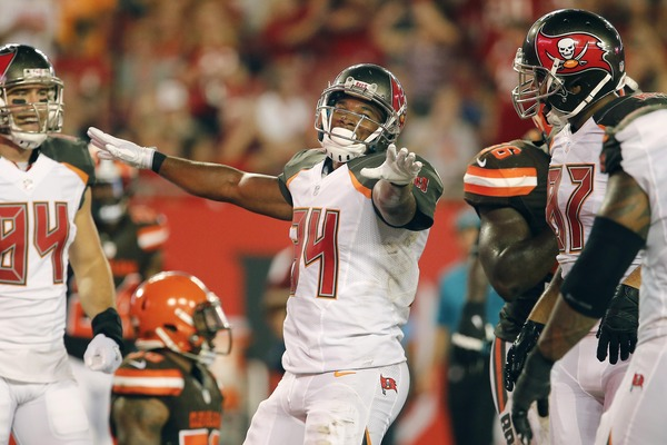 Bucs place RB Sims on IR, promote Hansbrough
