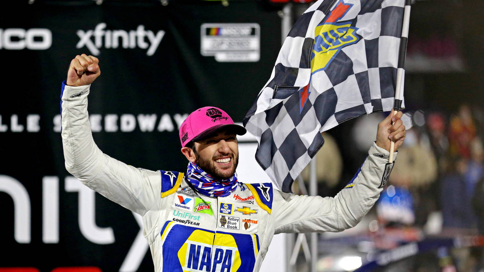 Sports world reacts to Chase Elliott winning first NASCAR Cup Series title
