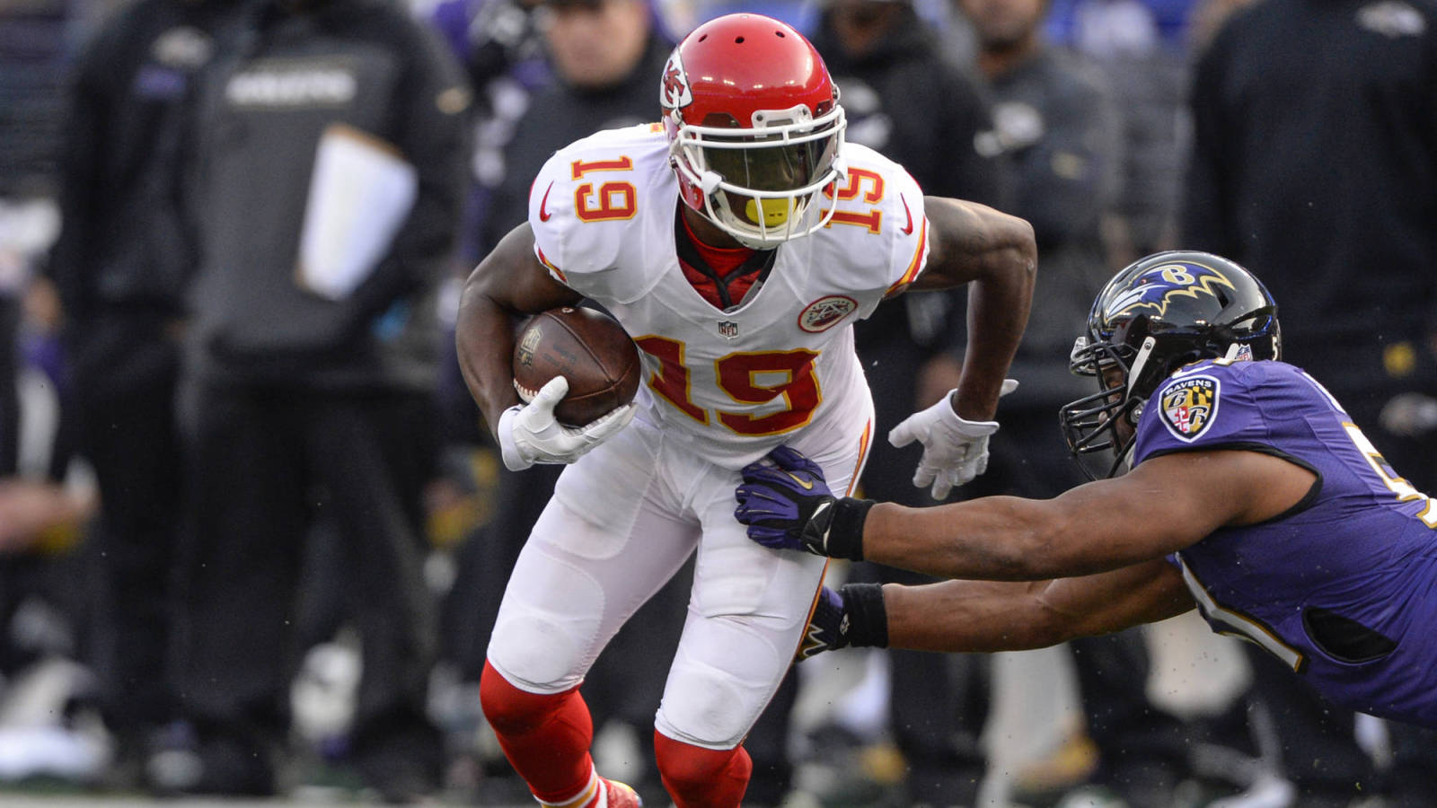 Jeremy Maclin takes advantage of free crab cake offer
