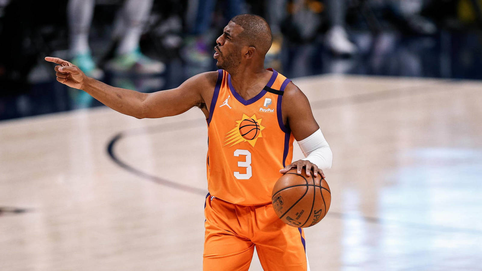 Suns Chris Paul Enters COVID-19 Health and Safety Protocols