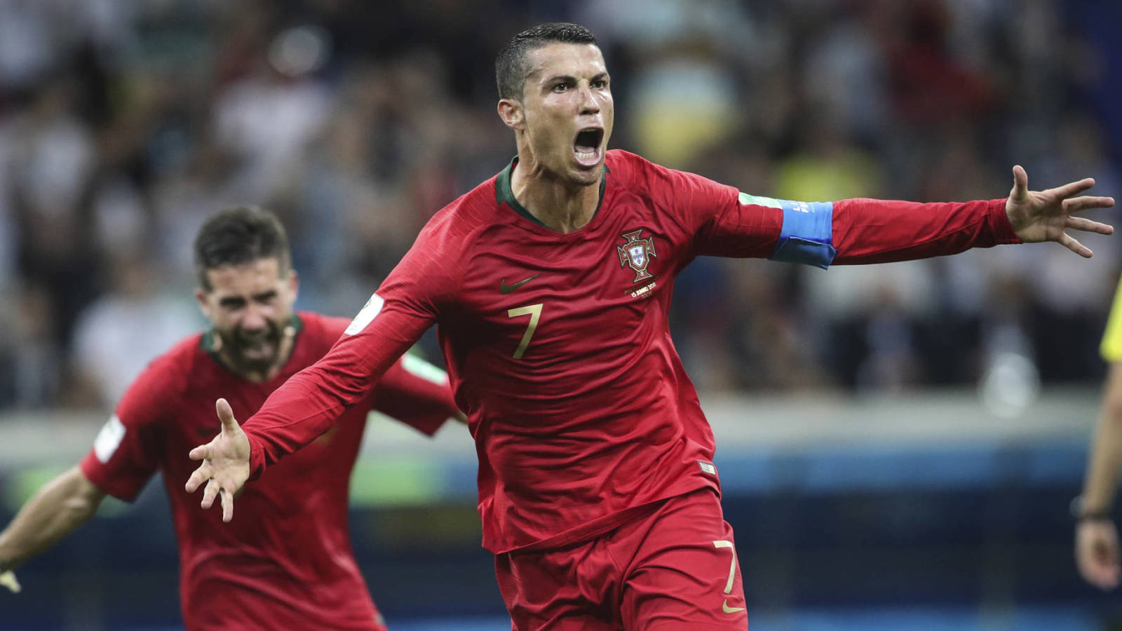 Cristiano Ronaldo becomes first $1 billion soccer player