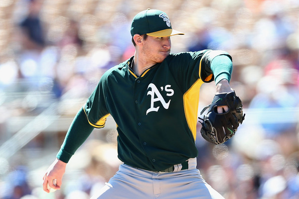 Athletics pitcher jarrod parker re fractures right elbow for Jarrod barker