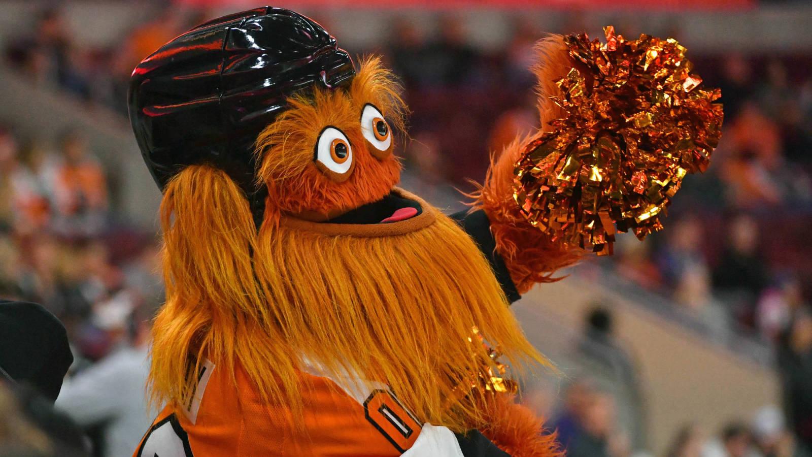 Watch Flyers Mascot Gritty Trolls Bears Kicker With Cody