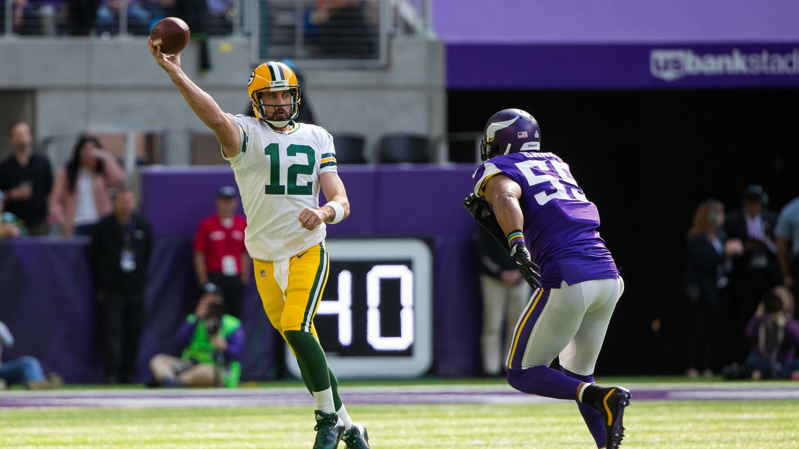 Anthony Barr responds to Aaron Rodgers accusations of taunting