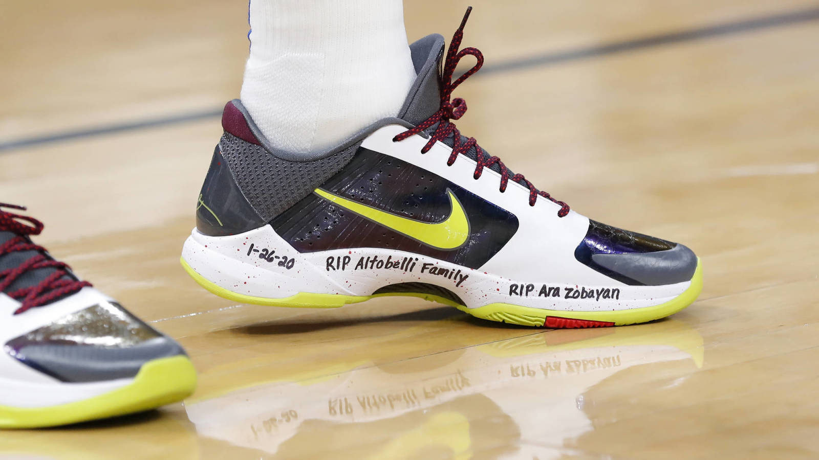 Luka Doncic Wears Kobe S Shoes With All Nine Crash Victims Names Written On Them Yardbarker