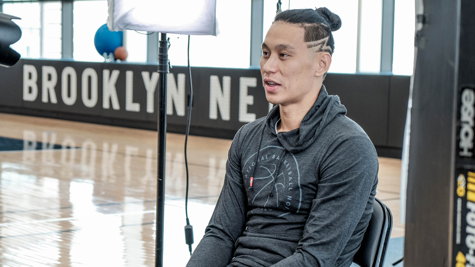 Jeremy Lin reacts to Kenyon Martin's comments about his hair