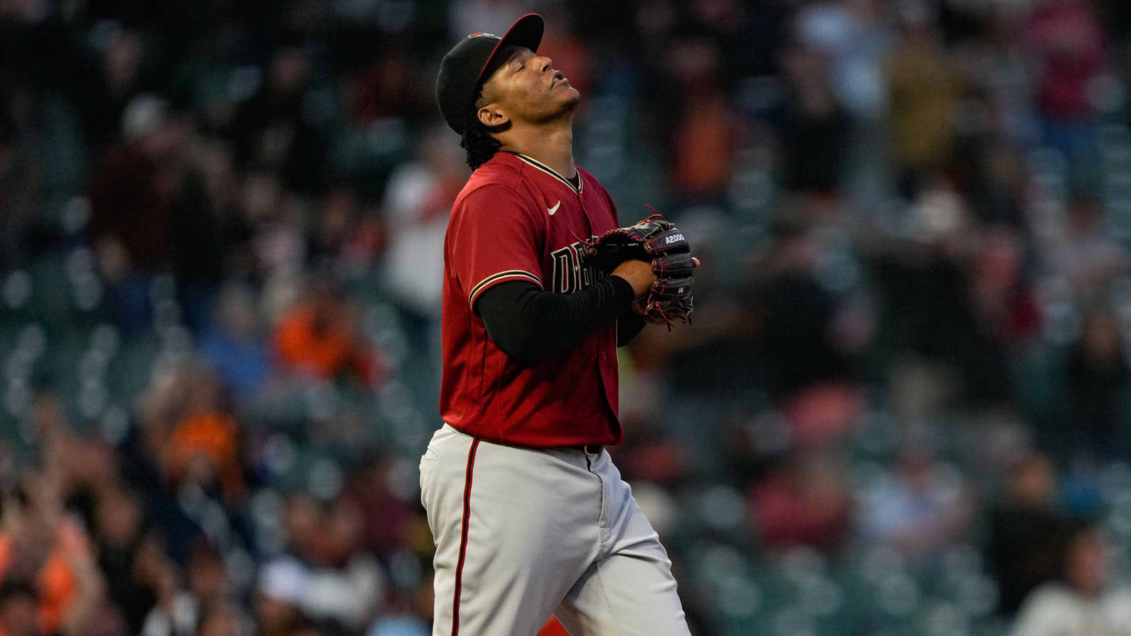 D-backs tie all-time record for consecutive road losses