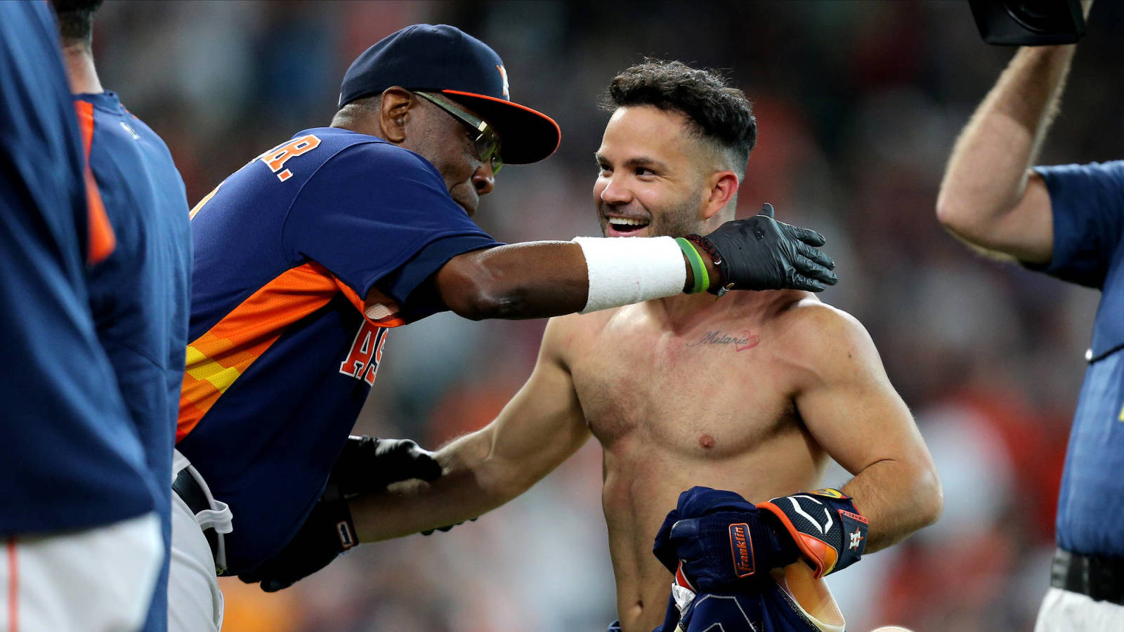 Dusty Baker congratulates Jose Altuve after Astros-Yankees walk-off.
