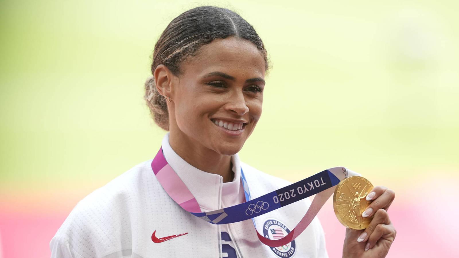 American track star Sydney McLaughlin breaks own world record at Tokyo Games - Yardbarker