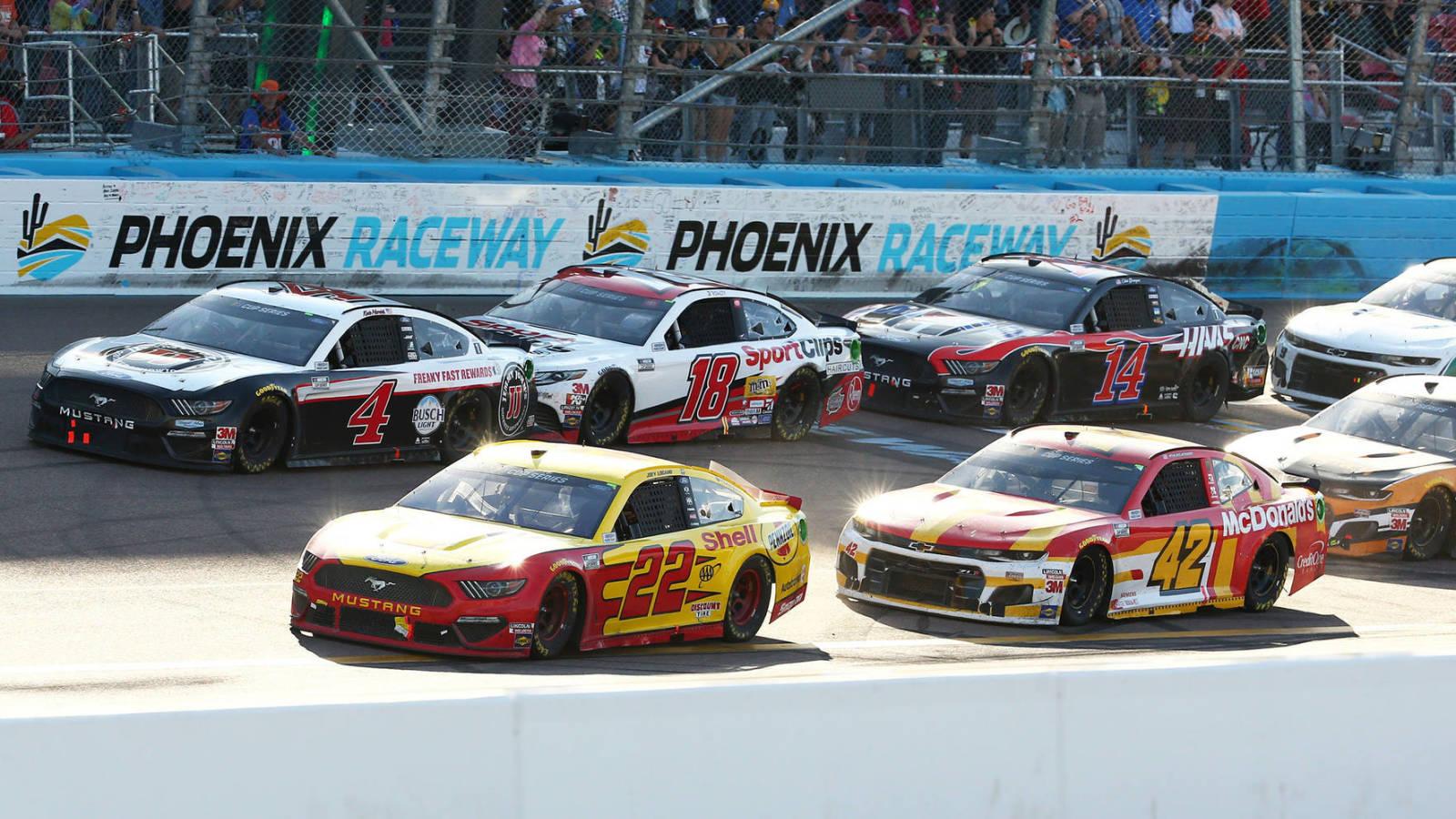Sports world embraces NASCAR putting on virtual race on FS1