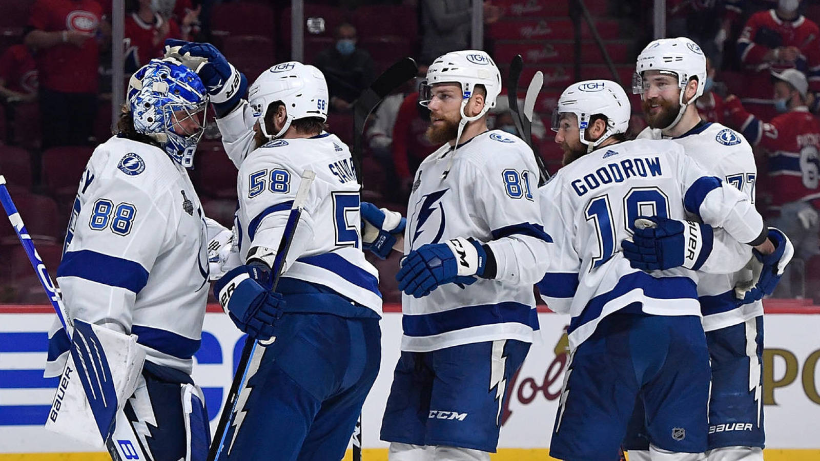 Lightning players' families denied entry to Canada