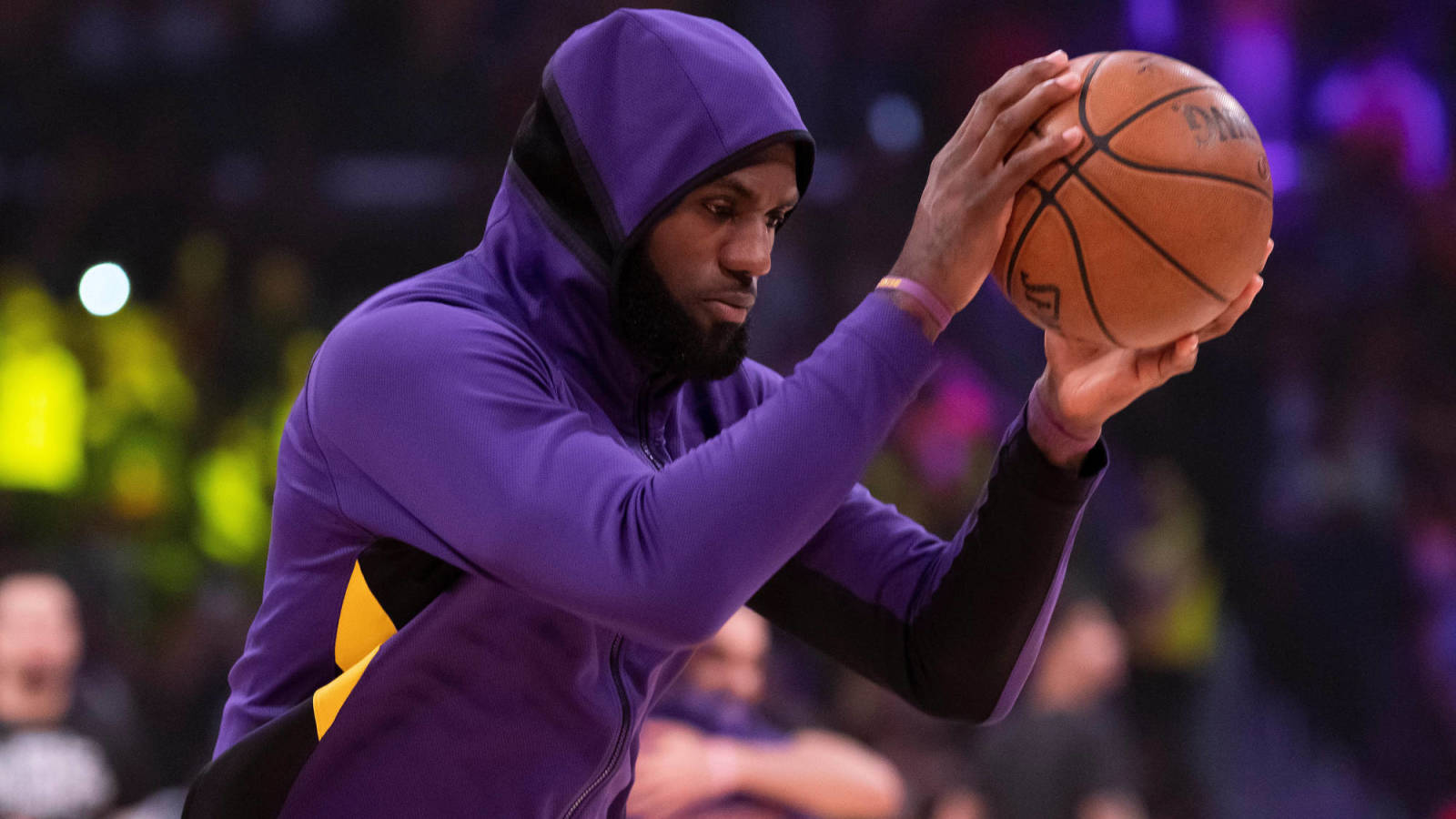 Lakers face 'balancing act' with LeBron James amid quick turnaround?