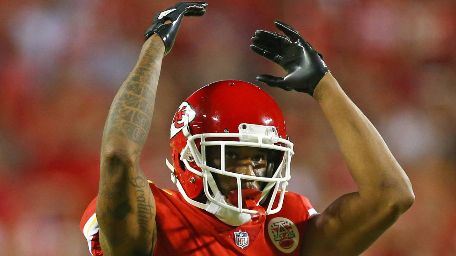 WATCH Marcus Peters goes off on Justin Houston during sideline
