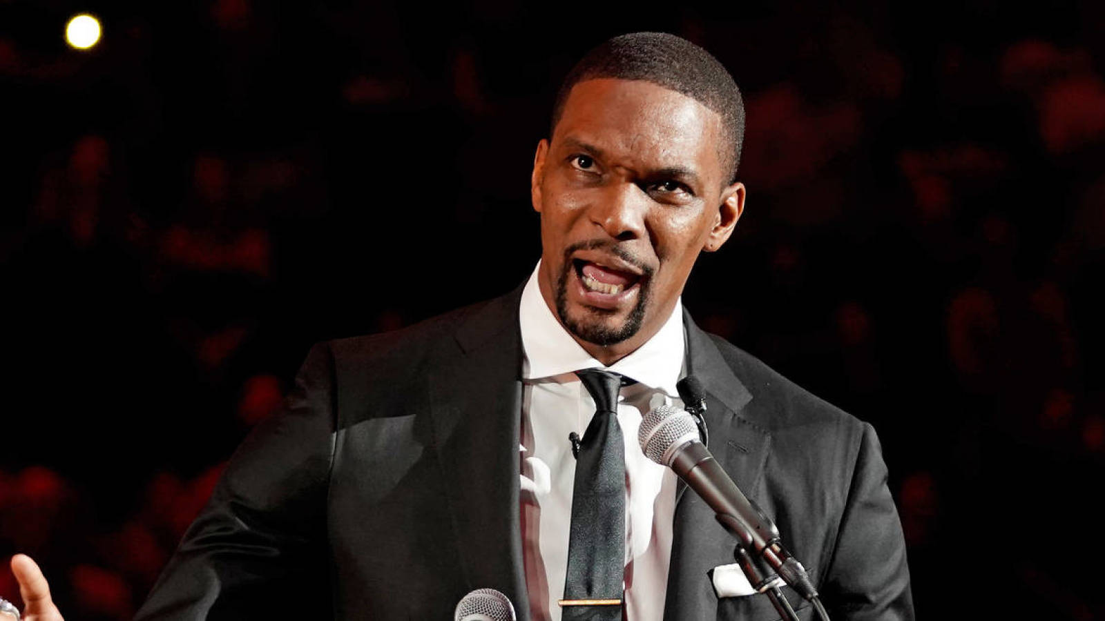 Chris Bosh didn't believe LeBron James when he texted about leaving Heat