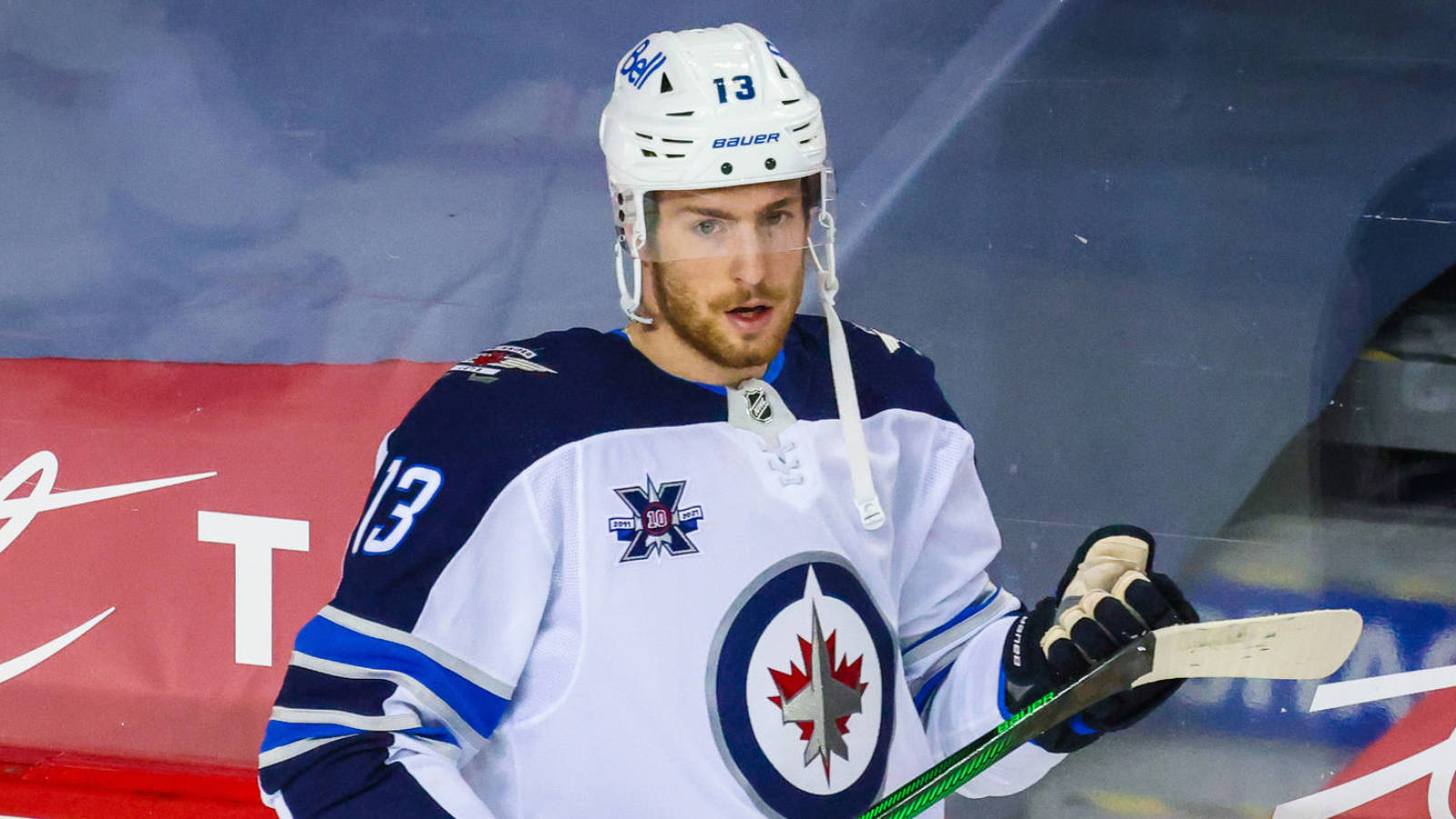 https://www.yardbarker.com/media/9/b/9b89f6f5076c9e2f9a9673eabf9ad4f05f7ac070/thumb_16x9/jets-activate-pierre-luc-dubois-move-him-wing.jpg?v=1