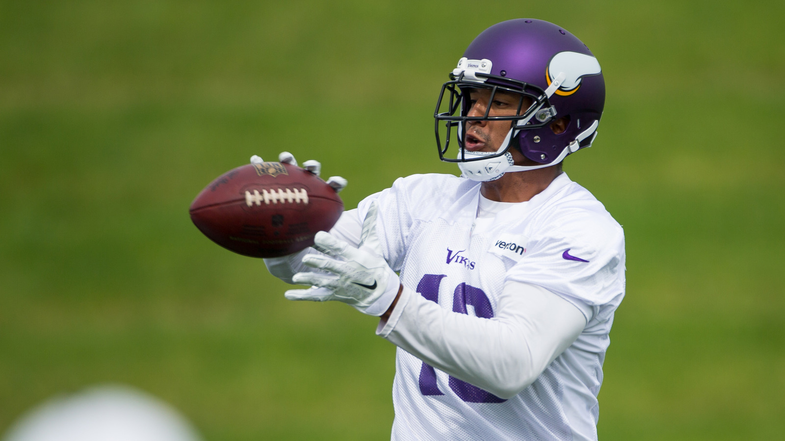 Vikings Player Floyd Expected to Appear in Arizona Court