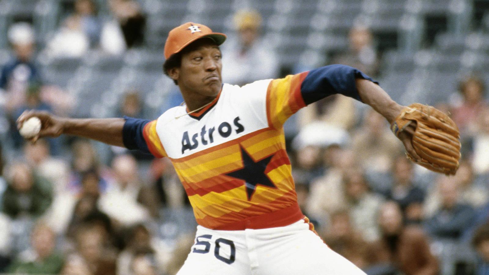 Legendary Astros pitcher JR Richard dies at 71