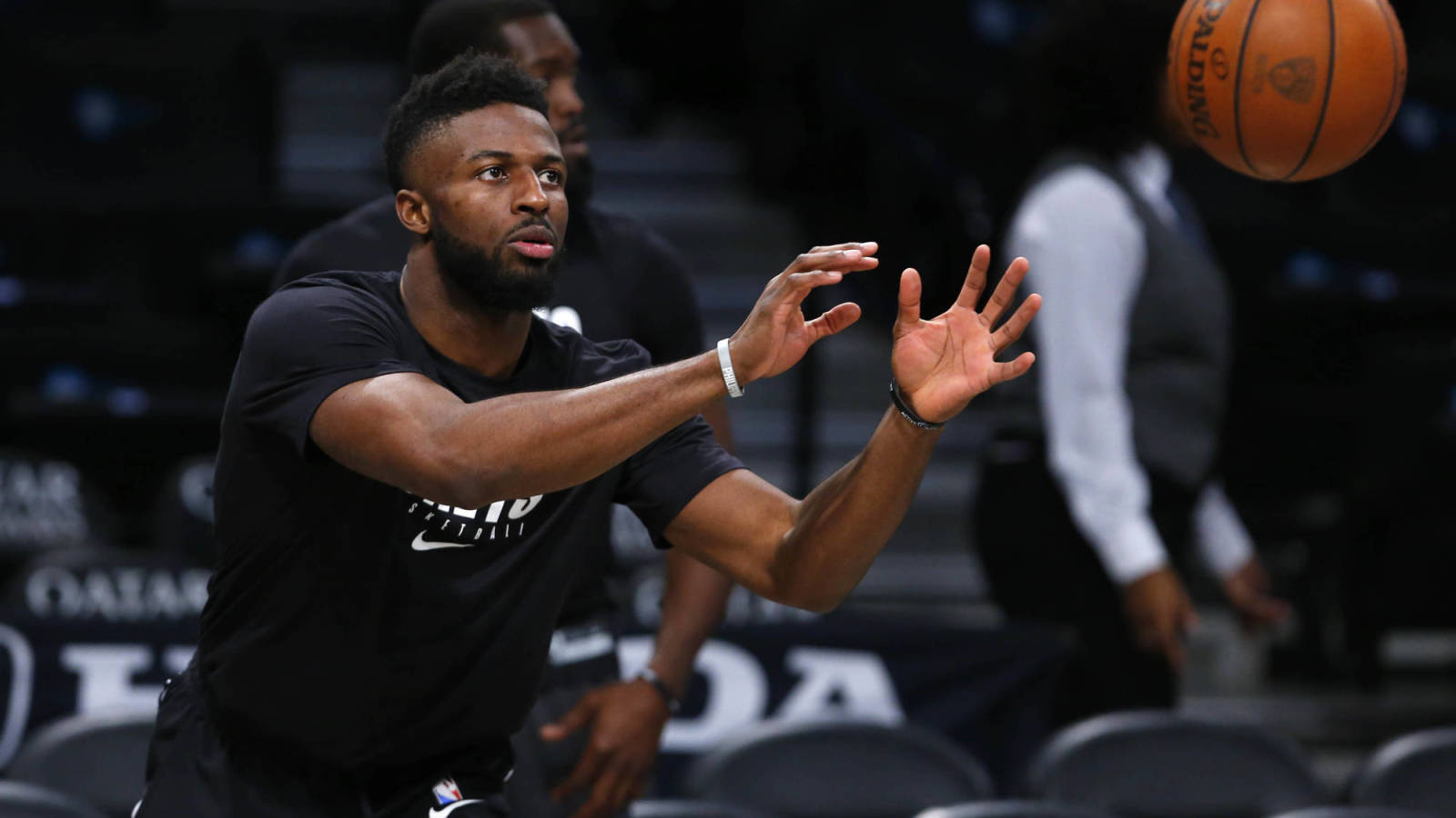 Rockets bet on David Nwaba to take a large step forward after his recovery | Yardbarker