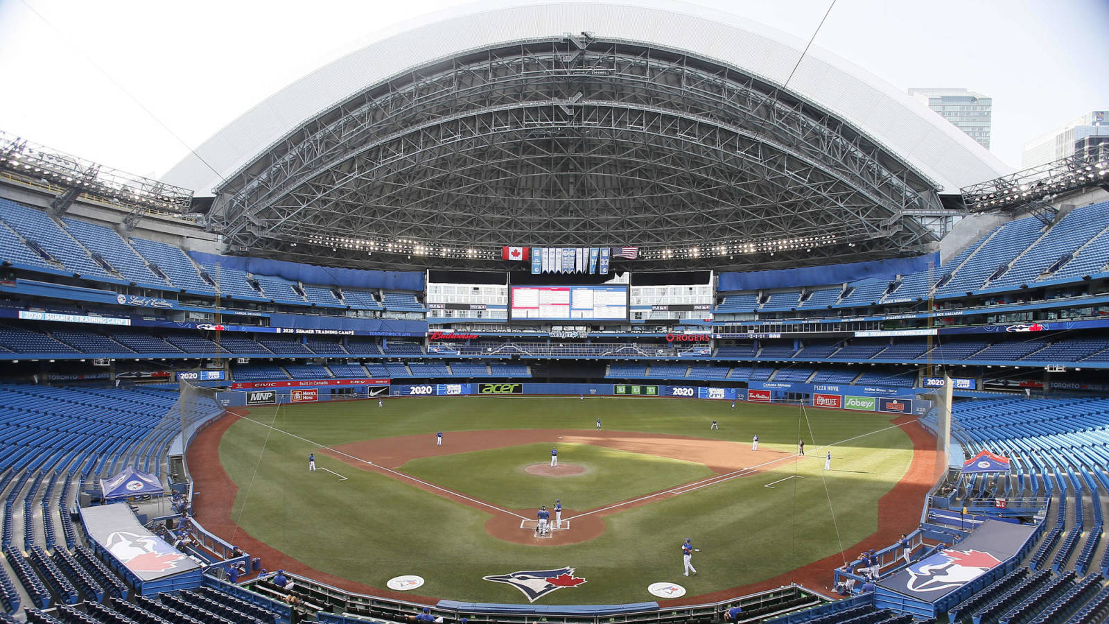 The Blue Jays allowed 15,000 fans to return to Toronto