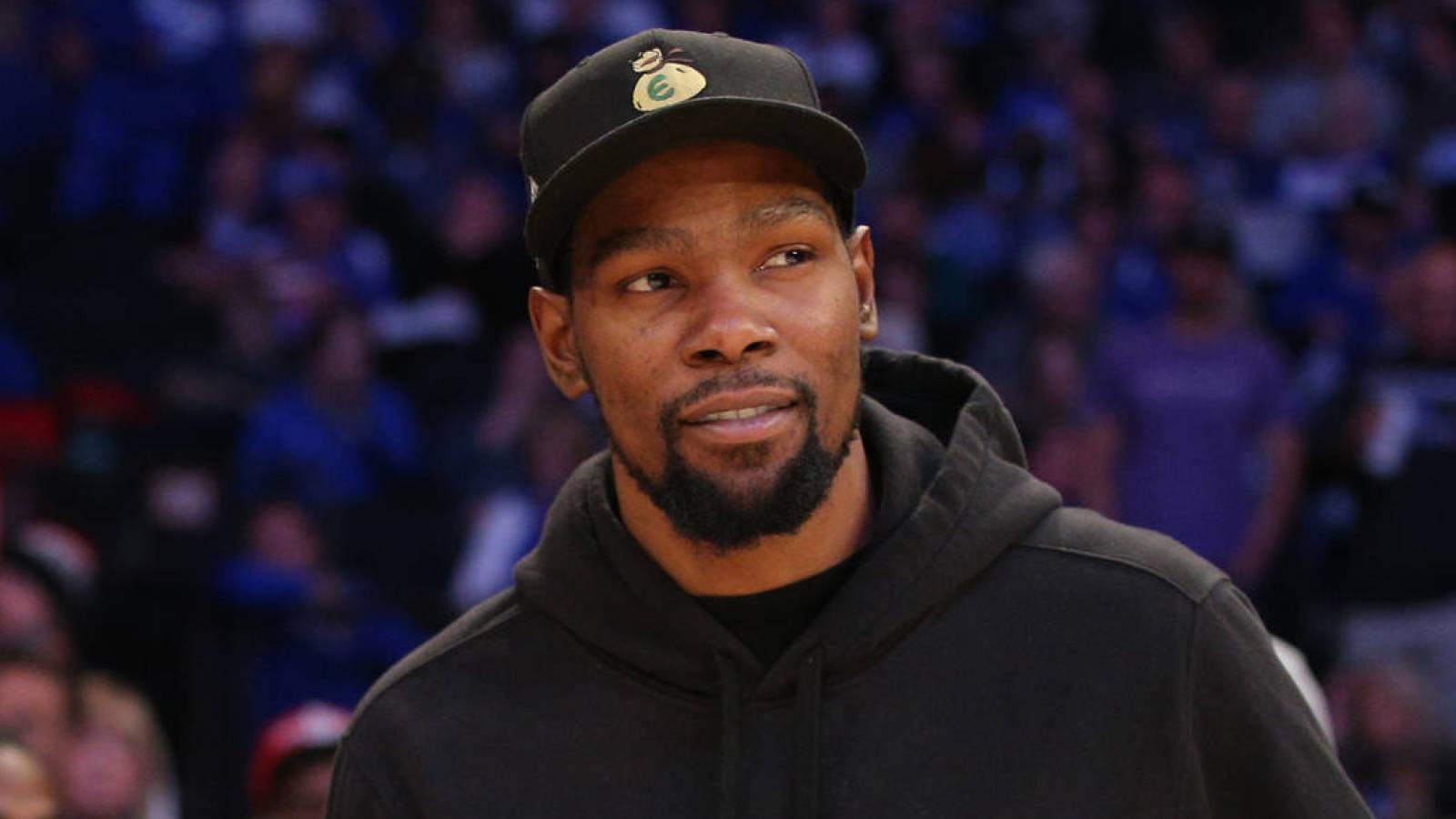 Kevin Durant Responds To Heckling Fan With Meme Yardbarker