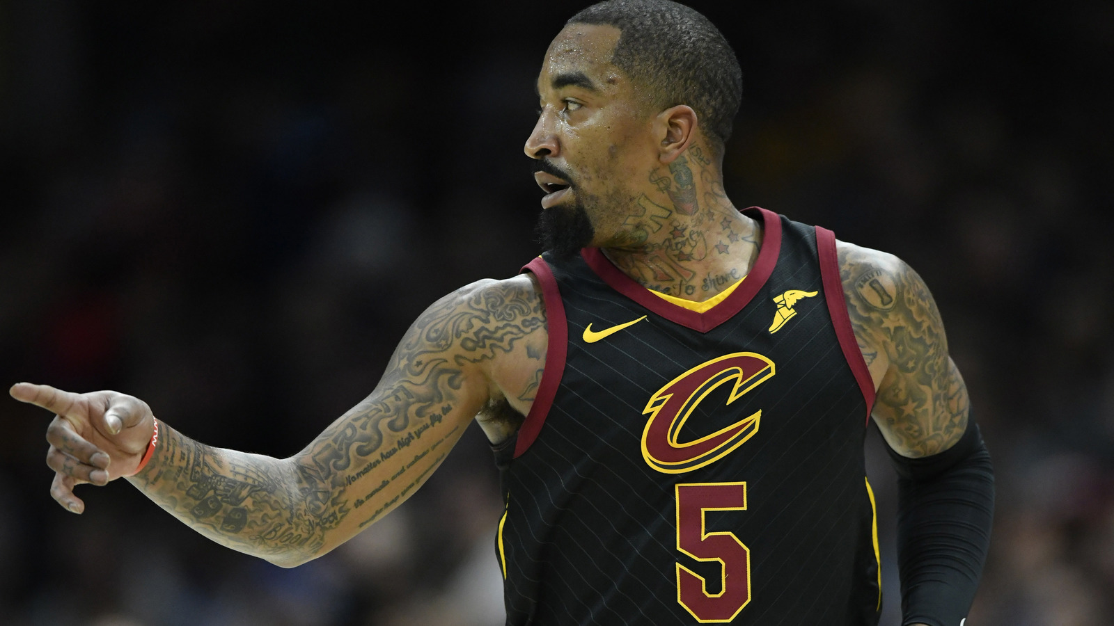 Cavaliers suspend j r smith for one game for Dave smith motors hours