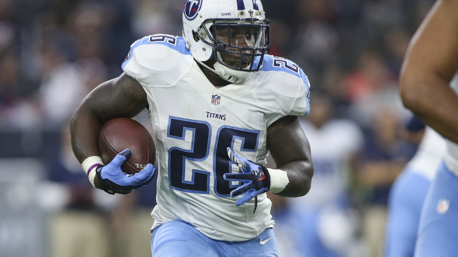 The unlikely journey of Tennessee Titans running back Antonio ...